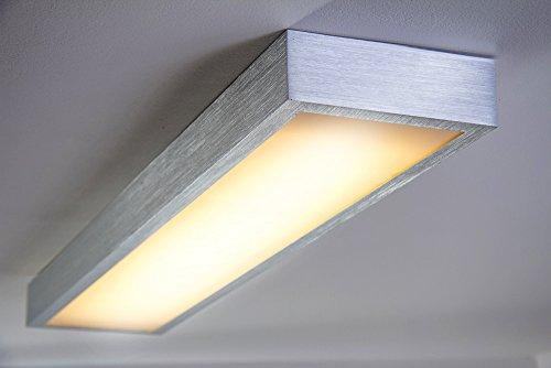 Led deckenlampe wutach eckig 880 lumen 12 watt 3000 kelvin for Deckenlampe lang
